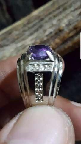 Batu cincin lawasan kecubung