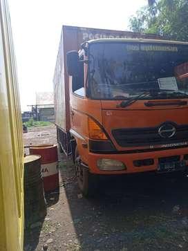 Truk Hino ranger louhan 2006 FG 210 bukan fuso isuzu elf colt diesel