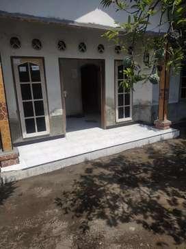 Di kontrakan rumah Abian tubuh baru pusat kota Mataram