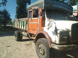 Good condition truck with good tires