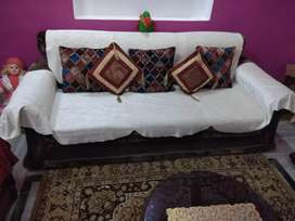5 Seater Sofa and center table for sale