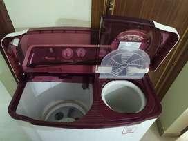 LG washing machine 6.8 kg semi automatic