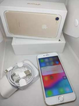 """IPHONE 7 32GB #£"""" BRAND NEW CONDITION WITH FULL KIT BOX"""