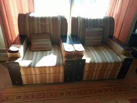 7 seater sofa in an excellent condition for sale