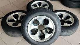 velg racing mobil rubicon murah ring 15 lebar7 luubang5x127 velg aja
