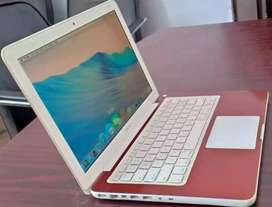 Apple MacBook Ddr 3 10 by 10 Condition