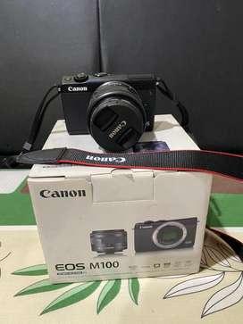 Canon eos m100 mirrorless