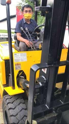 Juragan Elektrik Forklift YALE Second Forklift Langsung Pakai