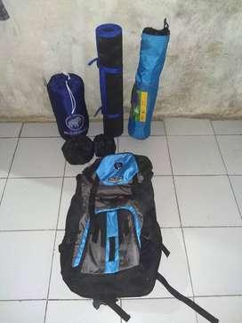 Alat camping , tas keril 70 liter, alat kemah , paket kemah , alatcamp