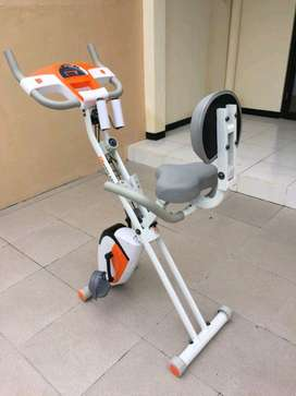 Sepeda Statis Magnetik Bike // Zoules IE 05F18