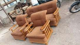 Delivery free :: Brand new sofa