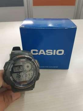 Dijual Jam Tangan Casio Warna Hijau Army Preloved masih bagus