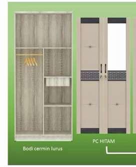 Model strip lemari pakaian dua pintu