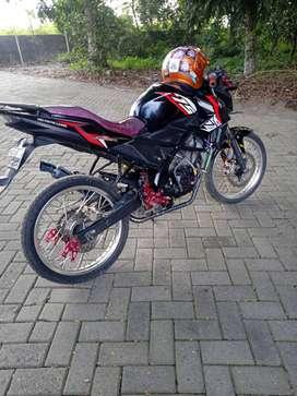 Honda cb150r new