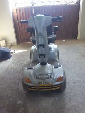 Electric 4 wheel for special persan