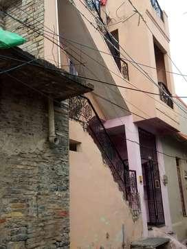 It's very nice house near old Krishna Nagar