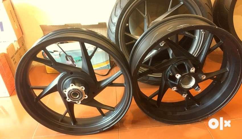 Benelli Genuine Alloy Wheels for 300TNT600-GT899-1130R 0