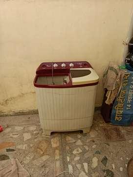Whirphool washing machine .