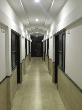 Room near 34 46 institute with food attach washroom