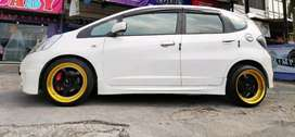 Jazz pakai velg hsr vs ring 17x8.5-9.5 black gold