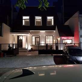 Guest House Jalan Untung Suropati Pusat Kota Surabaya