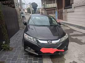 Honda city top model with sunroof full service record