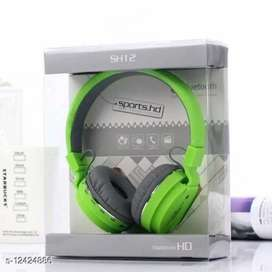 Headphone brand new with pack cover
