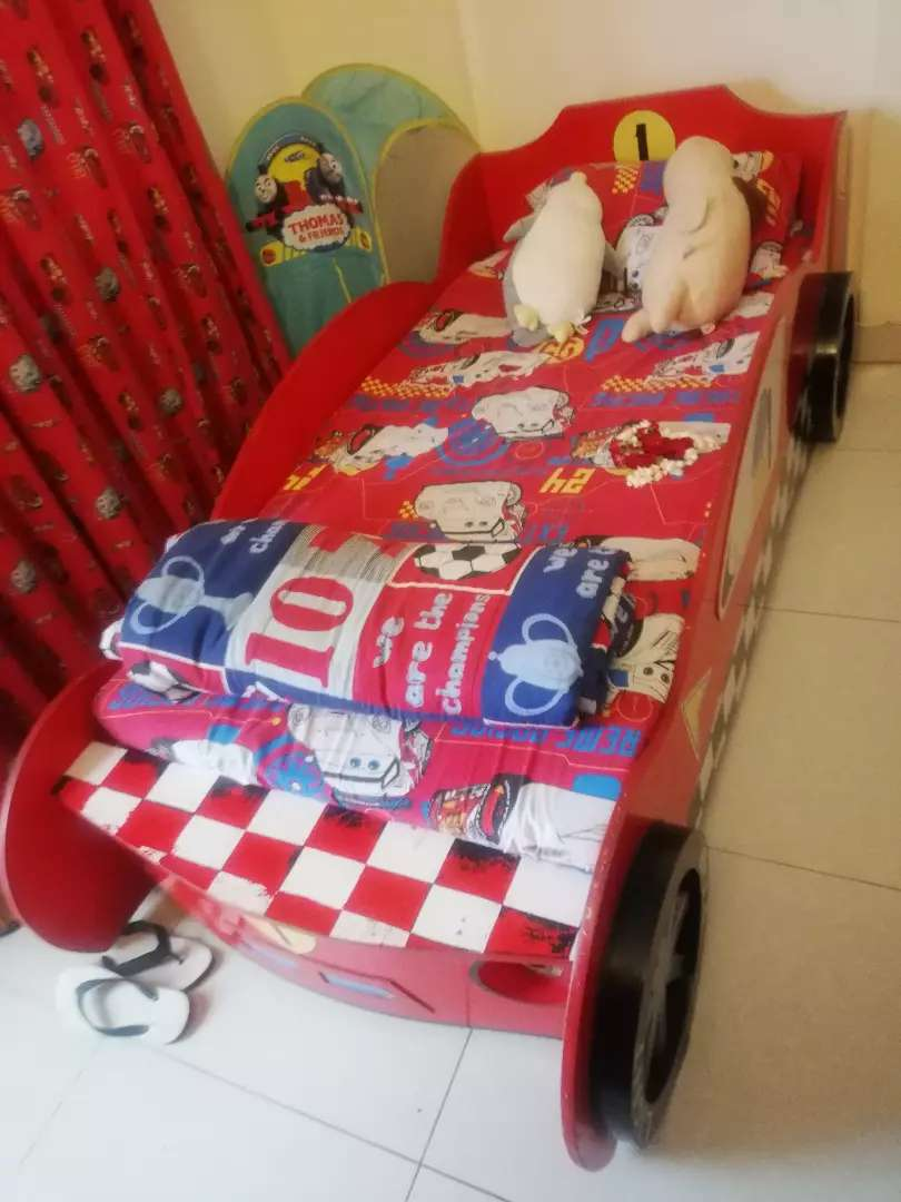 Kids furniture almost New 0