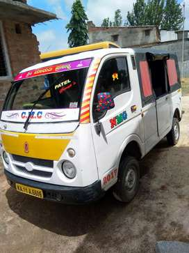 TATA MAGIC Van for sale 2013 every thing good