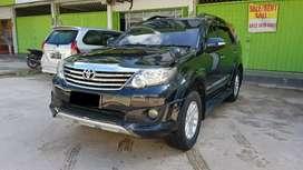 Toyota fortuner trd 2012 .