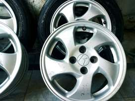 15 inch new tyre and Alloy rims