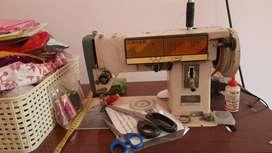 Singer fashion maker classic sewing machine for saleine  f
