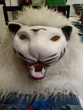 Topeng anak Singa/Macan