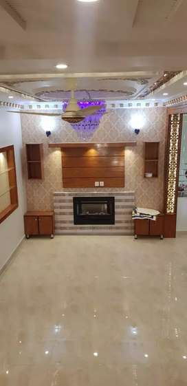 5 marla brand new house available for rent in Sector d bahria town