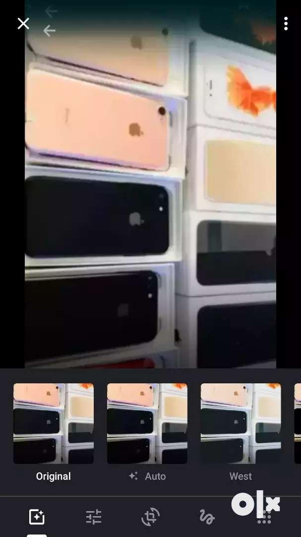 Apple iPhone 6s 64gb available brand  new unused 100 percent 0