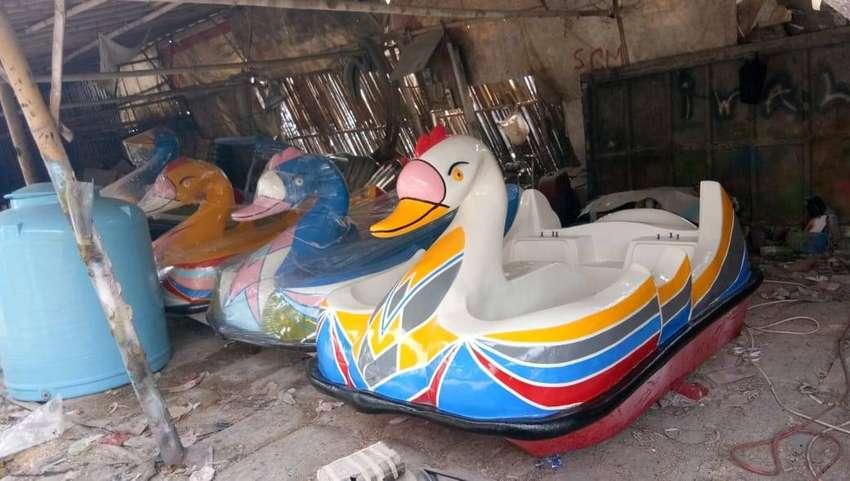 sepeda air bebek,jual perahu air gowes,jual bebek air ready stok 0