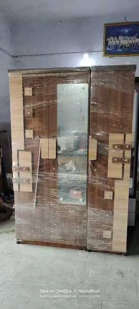 3 Door wardrobe 620910