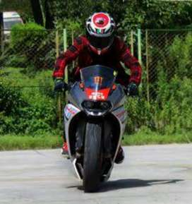 Sports bikes for rent only for rent daily bases or Weekly Packages