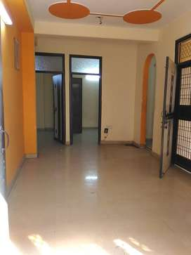 INDEPENDENDENT 3 BHK FLAT FOR RENT IN MAYUR VIHAR PHASE 1