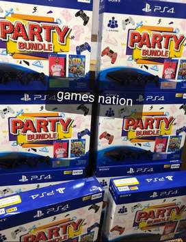 PS4 PARTY BUNDLE   2 controller + fifa 20 + Ctr 1 year warranty