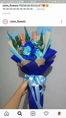buket bunga wisuda ,hadiah valentin ,hadiah pacar ,hadiah ulang tahun