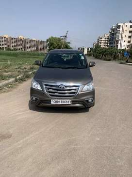 Toyota Innova 2015 Diesel Well Maintained
