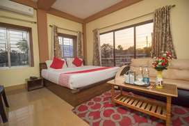 Hotel job for room services stwerds floor manager captain cook