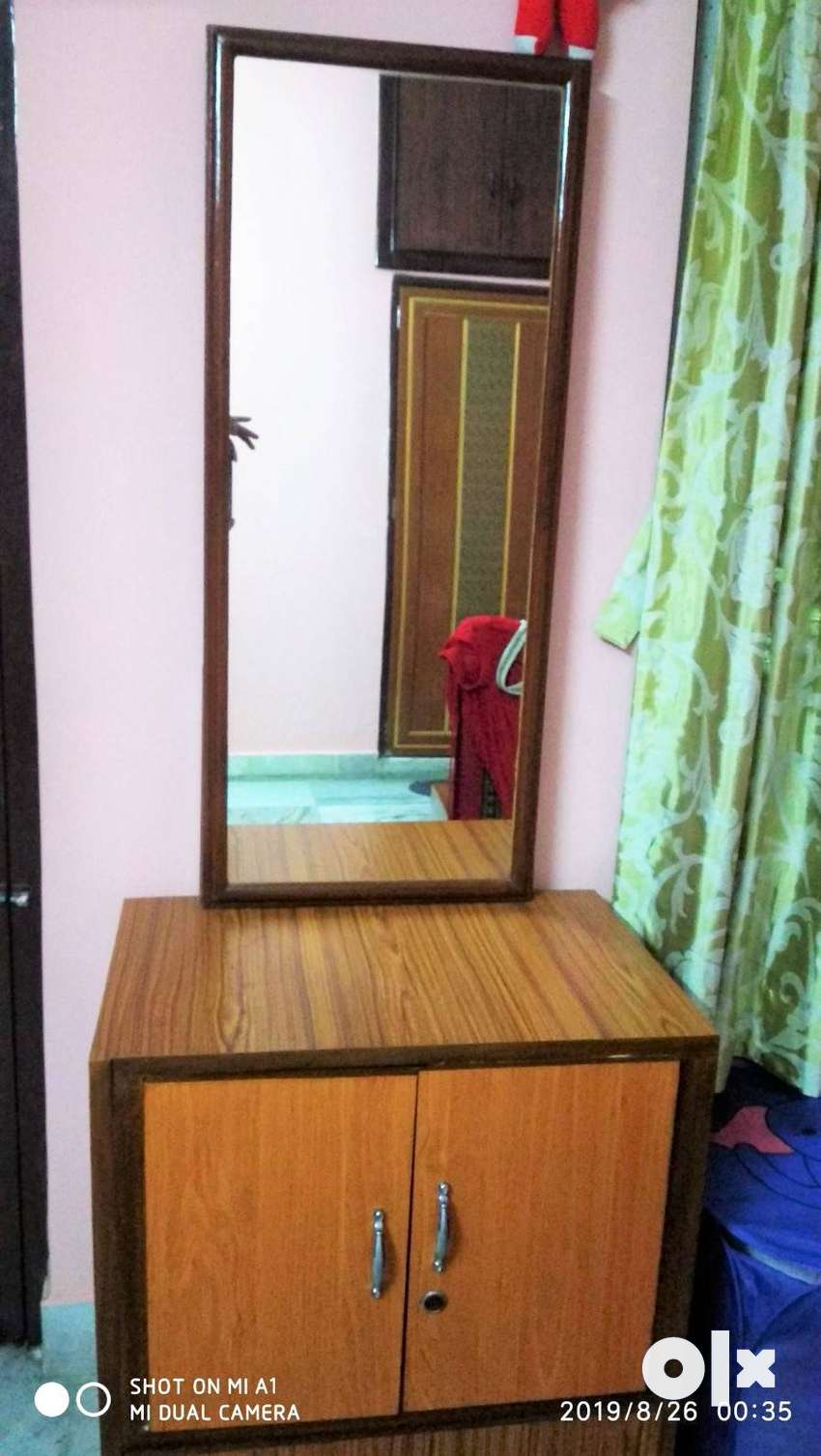 Royal wooden dressing table with big glass only at Rs. 4500 0