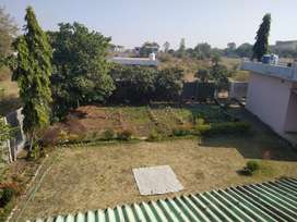 Near new LBS hospital Mera ghar 8500²fit hai jis me 2500² fit par