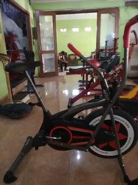 Sepeda fitnes platinum bike 2 fungsi spesial