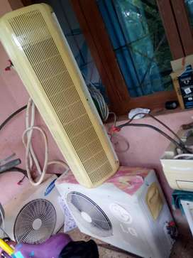 Two Acs for sale  both 1.5 ton