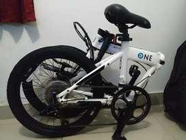 Sepeda lipat Dahon K-one white