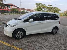 Honda freed psd putih plat H panjang 1 tahun istimewa sekali