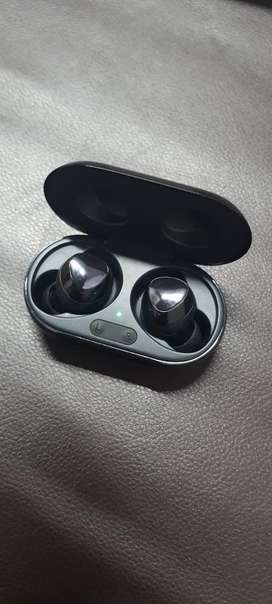 SAMSUNG AIR BUDS PLUS
